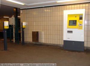 תחבורה ציבורית בברלין - מכונת כרטיסים ועמודי תיקוף